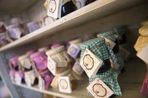 Vendita-Prodotti-Tipici-Toscana---Online-Shop-IL-COUNTRYRESORT-LE-DUE-RUOTE-(1)