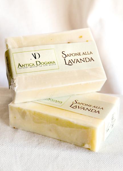 Sapone Artigianale, Vendita Prodotti Tipici Online - Profumo di Olio d'Oliva e Lavanda