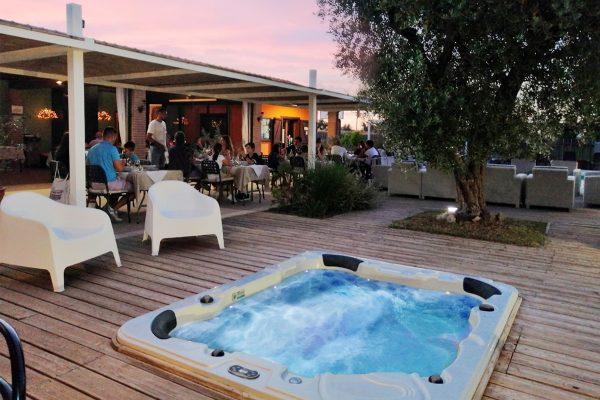 JACUZZI E RISTORANTE - Tre Giorni In Maremma Toscana - Country Resort Le due Ruote